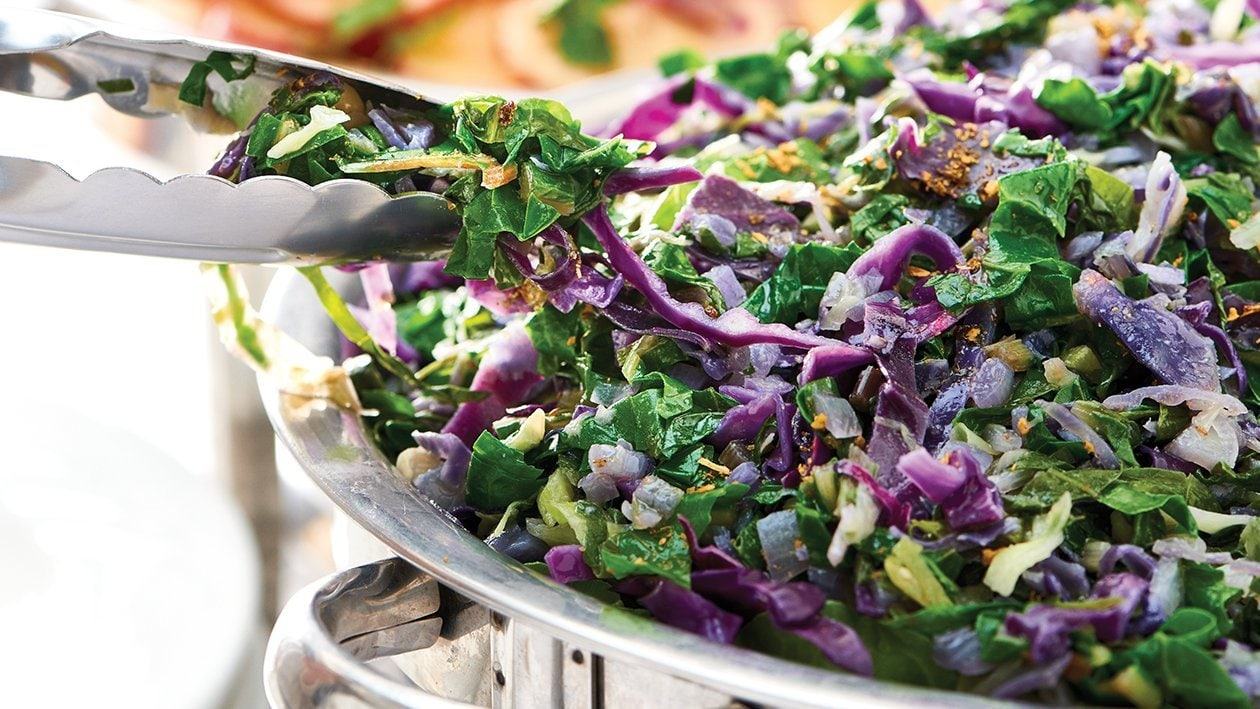 Sautéed Spinach and Cabbage Fusion